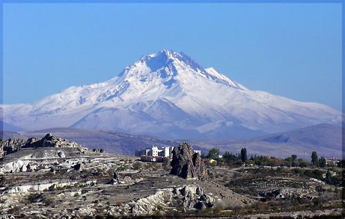 Practicar montañismo en Turquía