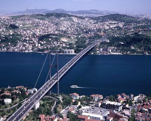 El Puente Bósforo de Estambul